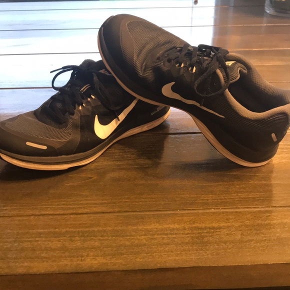 Nike Other - Men's Nike Black Size 10.5